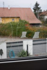 Fensterdeko mit Kreidestift